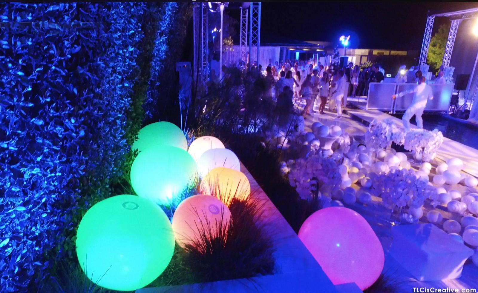 glowballs-tlc03