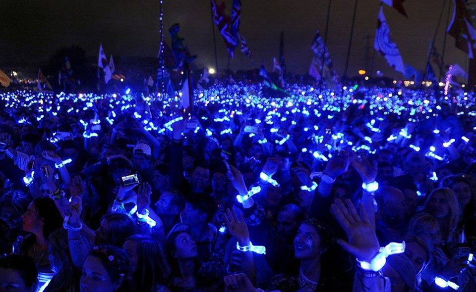 xylobands light up special events with live controlled wristband